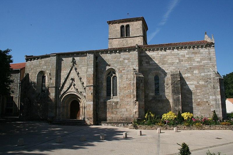 Photo du Monument Historique Eglise (à l'exception de la sacristie) situé à Saint-Paul-en-Pareds