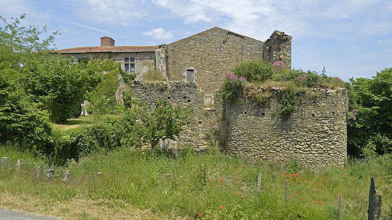 Photo du Monument Historique Château situé à Vendrennes