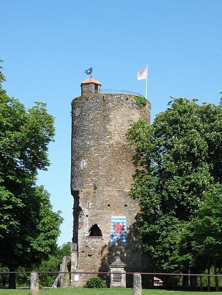 Photo du Monument Historique Enceinte fortifiée situé à Vouvant