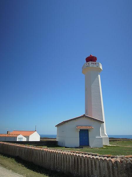Photo du Monument Historique Phare des Corbeaux situé à L'Ile-d'Yeu