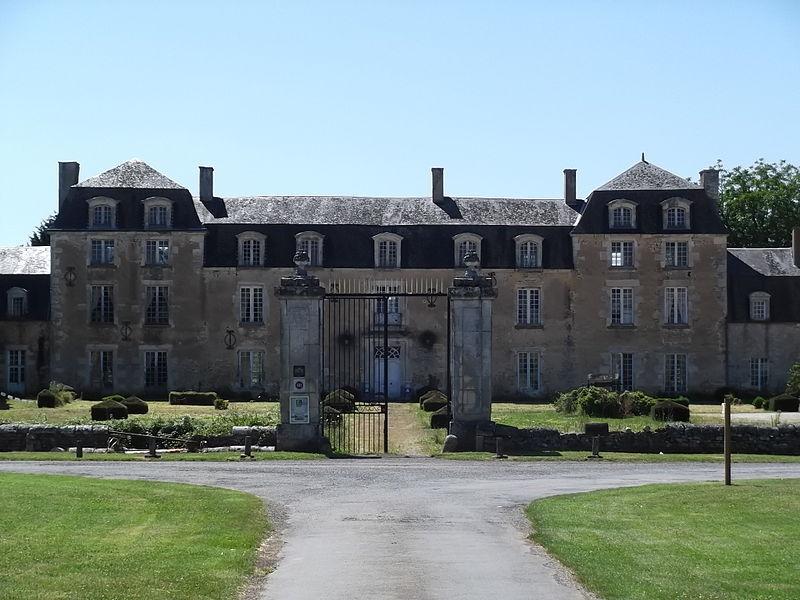 Photo du Monument Historique Château d'Epanvilliers situé à Brux