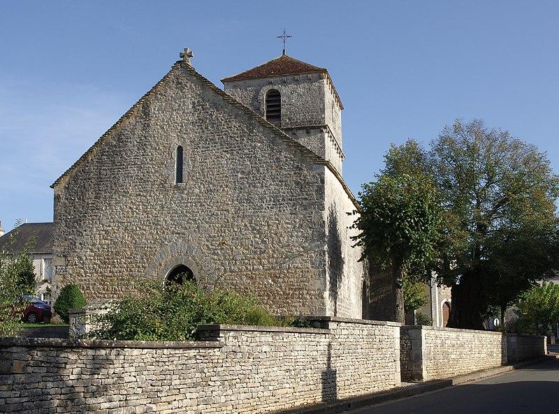 Photo du Monument Historique Eglise Saint-Martin situé à Brux