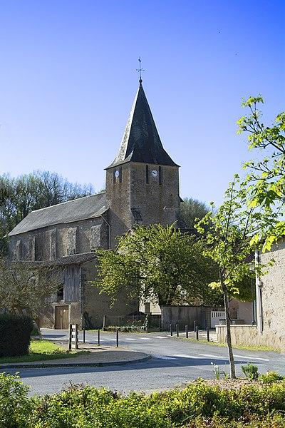 Photo du Monument Historique Eglise Saint-Etienne situé à Celle-Lévescault
