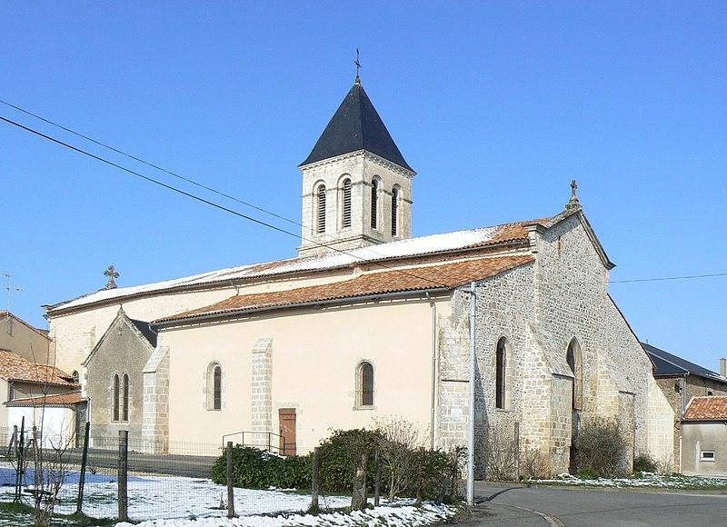 Photo du Monument Historique Eglise Saint-Gervais Saint-Protais situé à Champagné-Saint-Hilaire