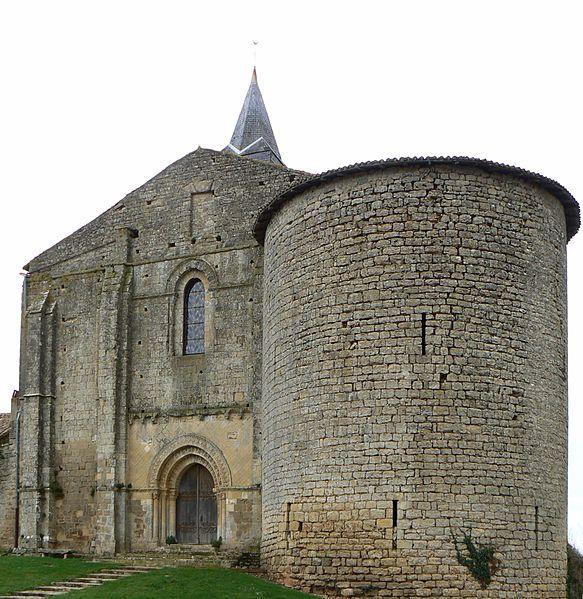 Photo du Monument Historique Eglise Notre-Dame situé à Château-Larcher