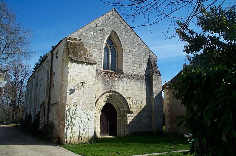 Photo du Monument Historique Ancienne commanderie d'Auzon situé à Châtellerault