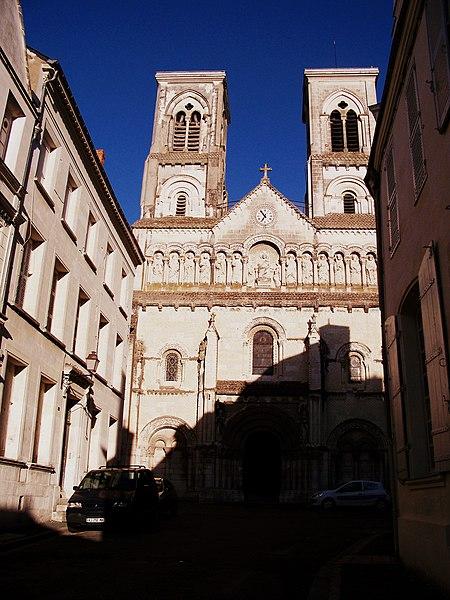 Photo du Monument Historique Ancienne église Notre-Dame situé à Châtellerault