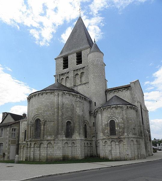 Photo du Monument Historique Eglise Notre-Dame situé à Chauvigny