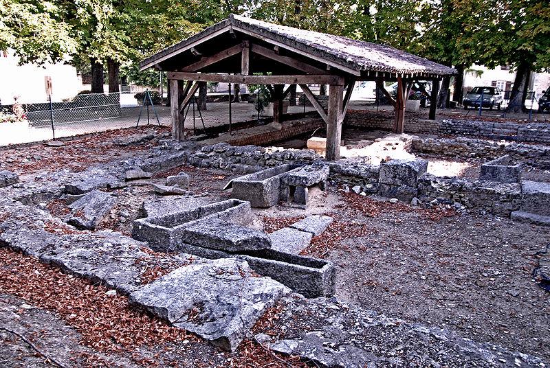 Photo du Monument Historique Terrain de fouilles archéologiques situé à Civaux