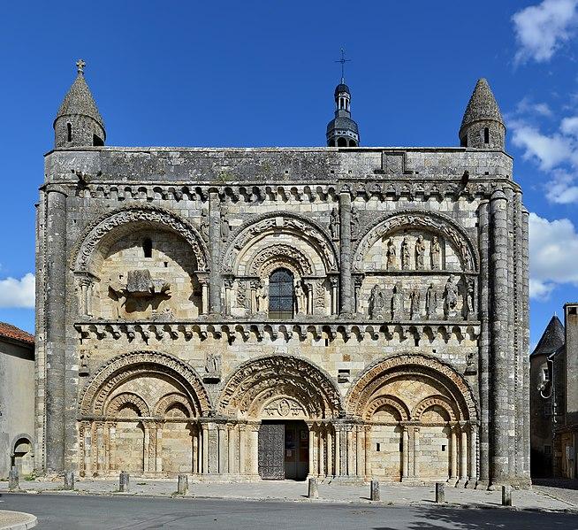 Photo du Monument Historique Eglise Saint-Nicolas situé à Civray