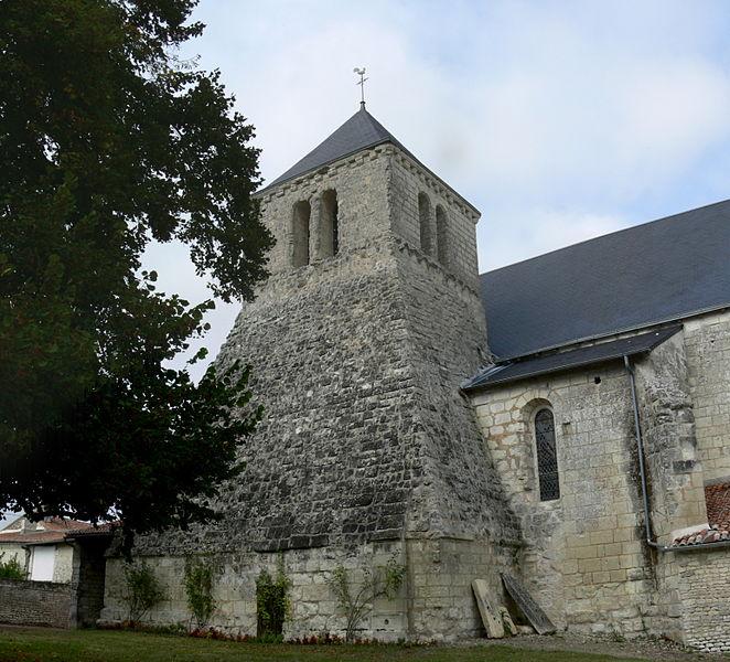 Photo du Monument Historique Eglise Saint-Jean-Baptiste situé à Dercé