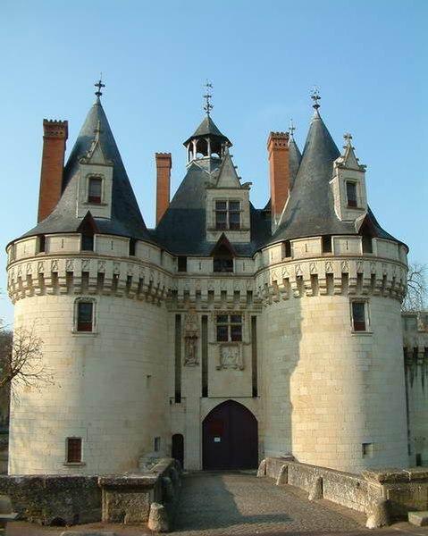 Photo du Monument Historique Château de Dissay situé à Dissay