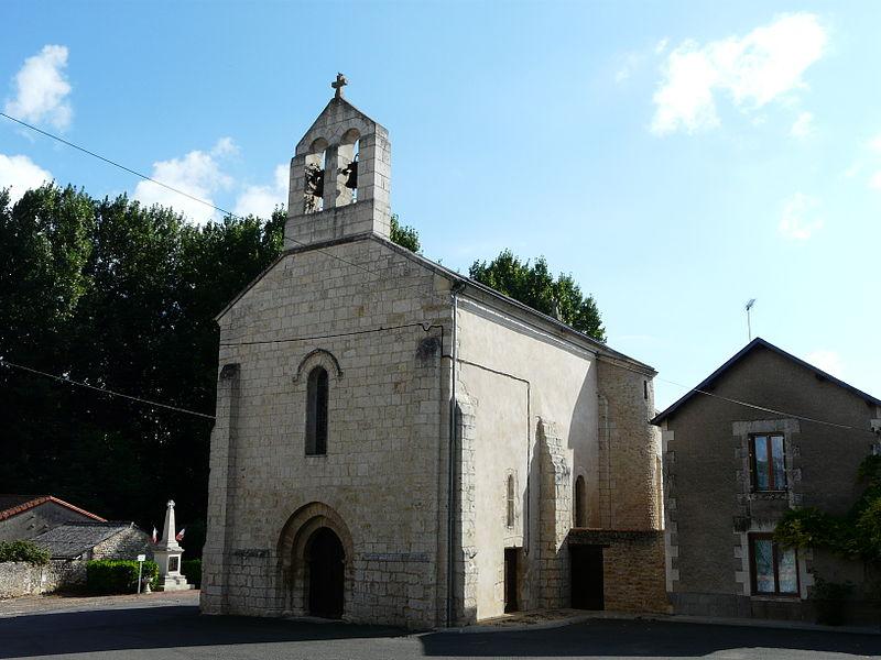Photo du Monument Historique Eglise Saint-Cybard situé à Grimaudière (La)