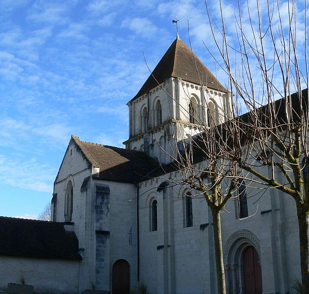 Photo du Monument Historique Eglise Notre-Dame situé à Lencloître