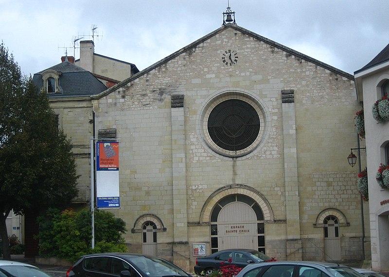 Photo du Monument Historique Eglise Sainte-Croix situé à Loudun