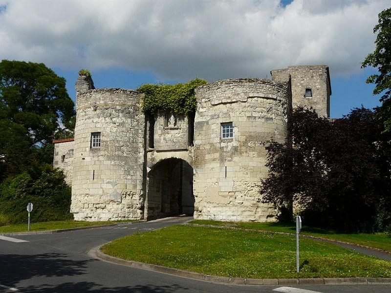 Photo du Monument Historique Porte du Martray situé à Loudun