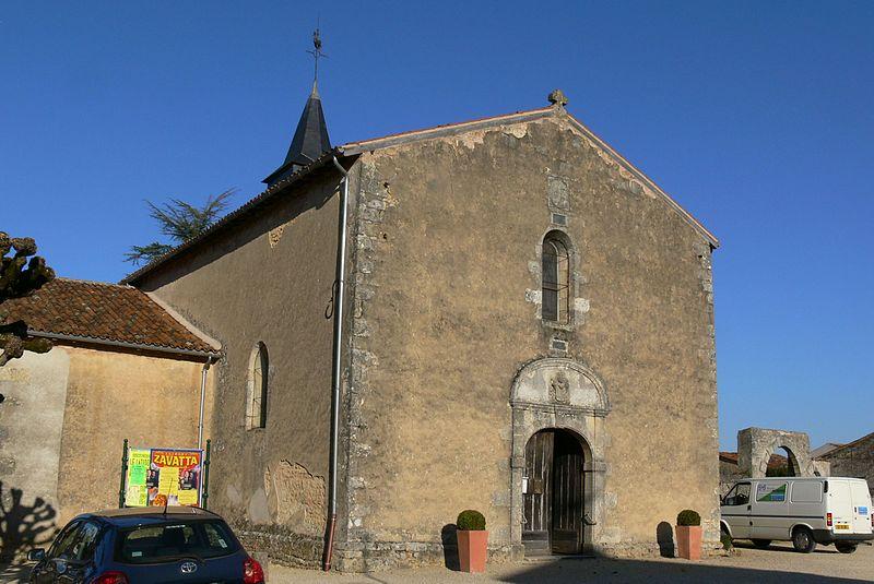 Photo du Monument Historique Eglise situé à Magné