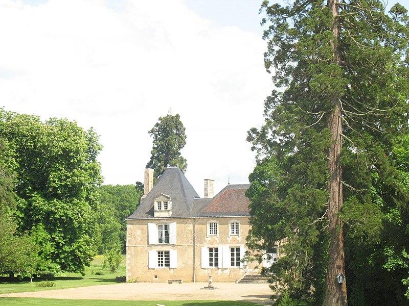 Photo du Monument Historique Logis de La Cigogne situé à Mignaloux-Beauvoir
