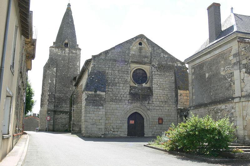 Photo du Monument Historique Eglise situé à Mouterre-Silly