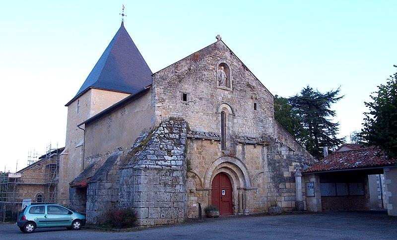 Photo du Monument Historique Eglise situé à Payroux