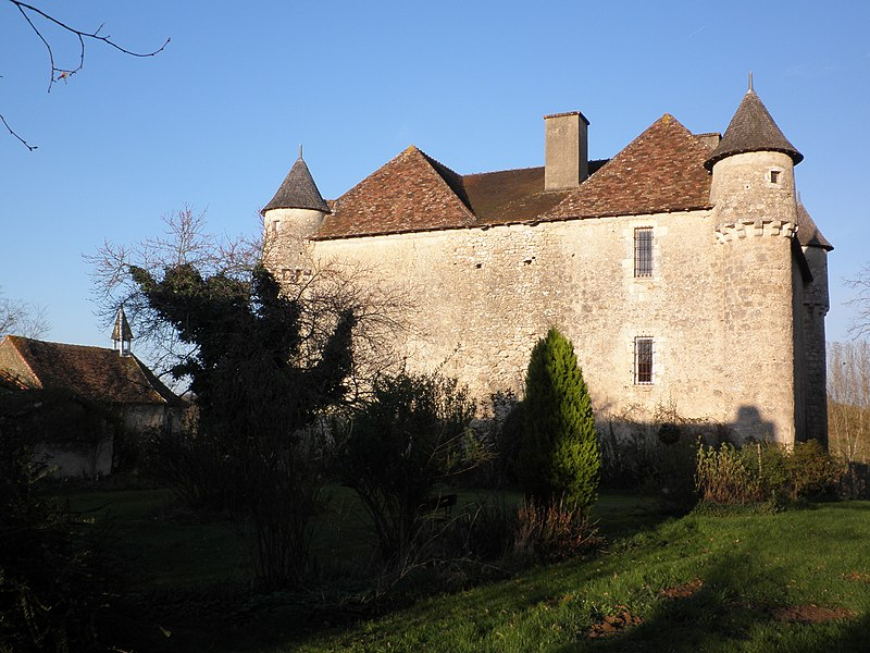 Photo du Monument Historique Château de Prunier situé à Pindray