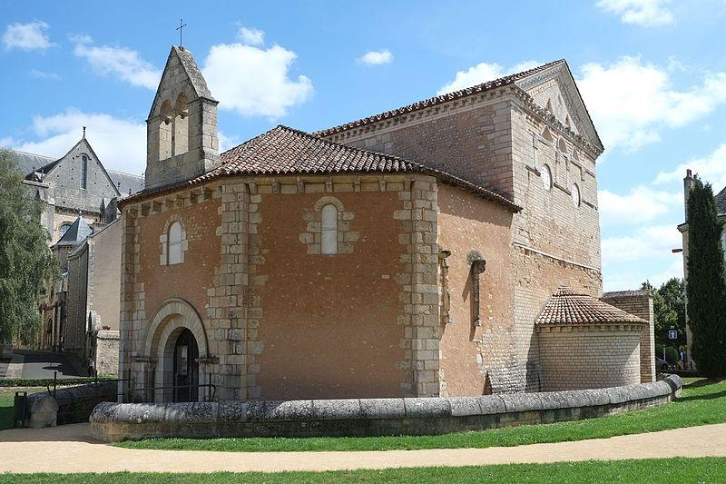 Photo du Monument Historique Baptistère Saint-Jean situé à Poitiers