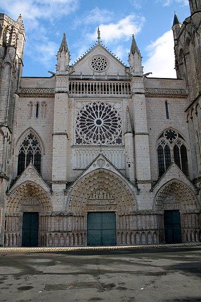 Photo du Monument Historique Cathédrale Saint-Pierre situé à Poitiers