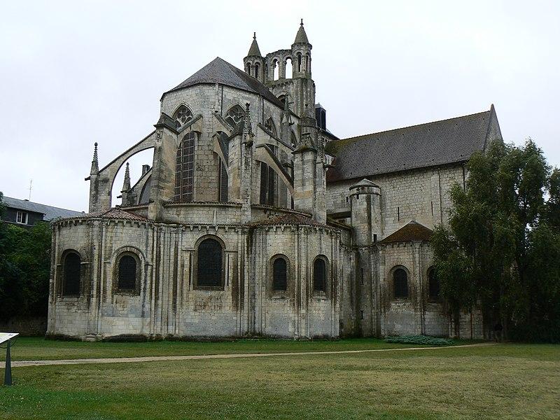 Photo du Monument Historique Eglise Saint-Jean de Montierneuf situé à Poitiers