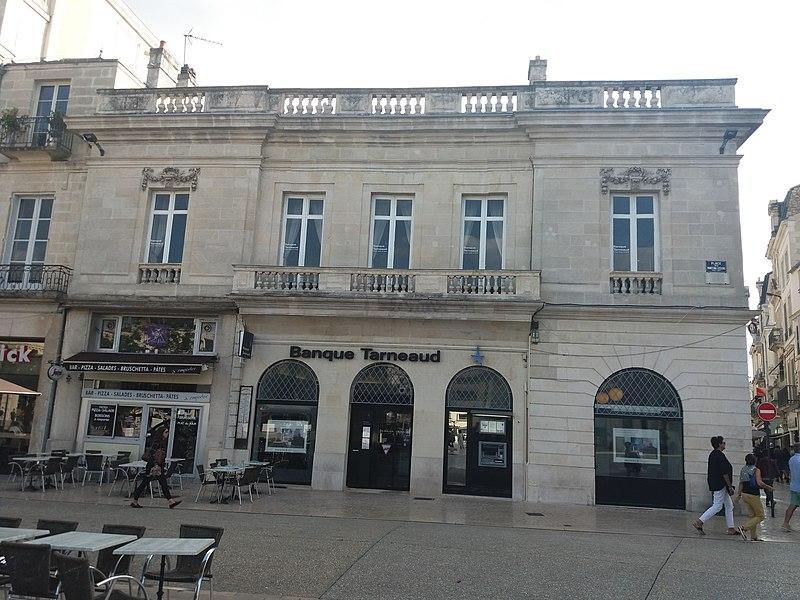 Photo du Monument Historique Hôtel de Nieul situé à Poitiers