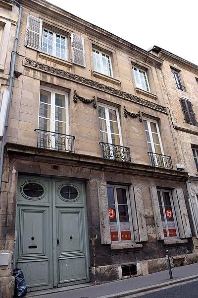 Photo du Monument Historique Hôtel Vetault situé à Poitiers