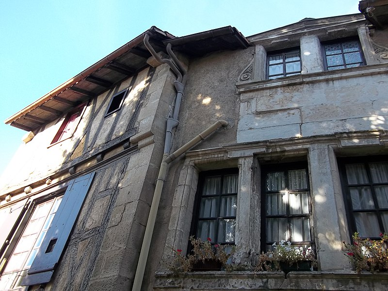 Photo du Monument Historique Immeuble situé à Poitiers