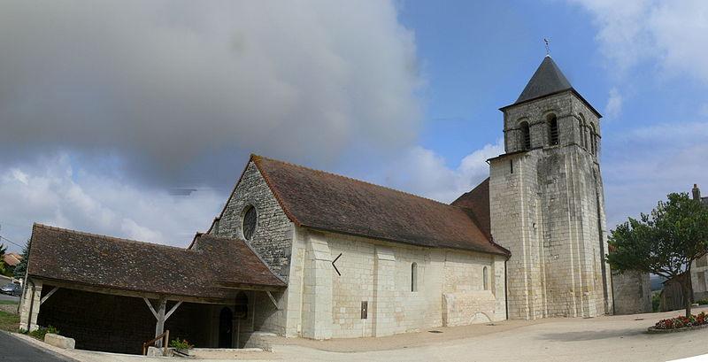 Photo du Monument Historique Eglise situé à Prinçay