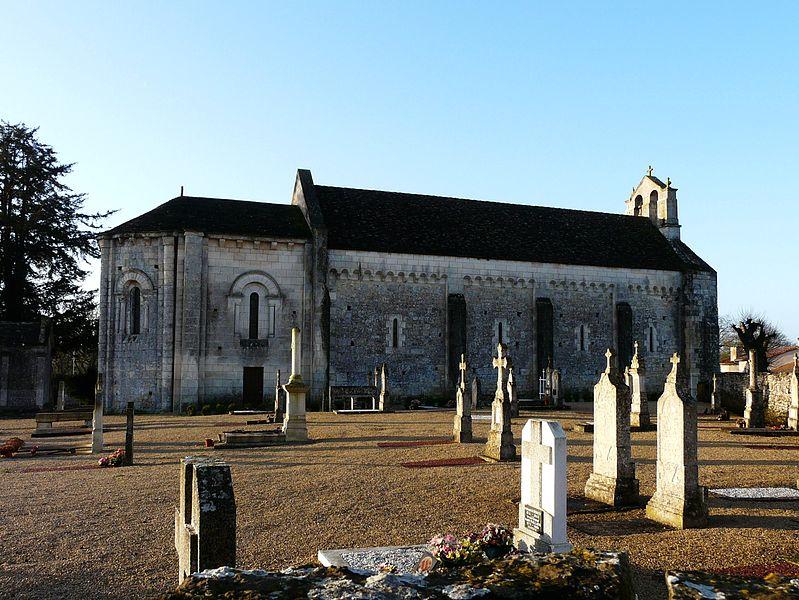 Photo du Monument Historique Eglise situé à Saint-Pierre-d'Exideuil