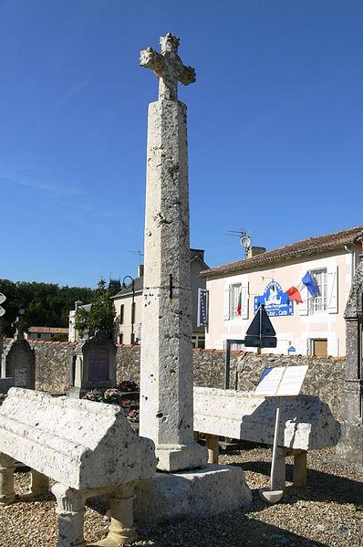Photo du Monument Historique Cimetière situé à Sèvres-Anxaumont