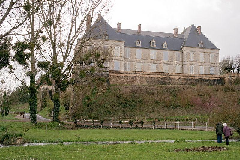 Photo du Monument Historique Domaine situé à Sommières-du-Clain