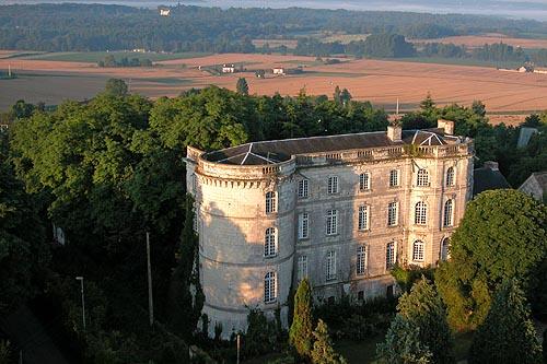 Photo du Monument Historique Château situé à Châtellerault