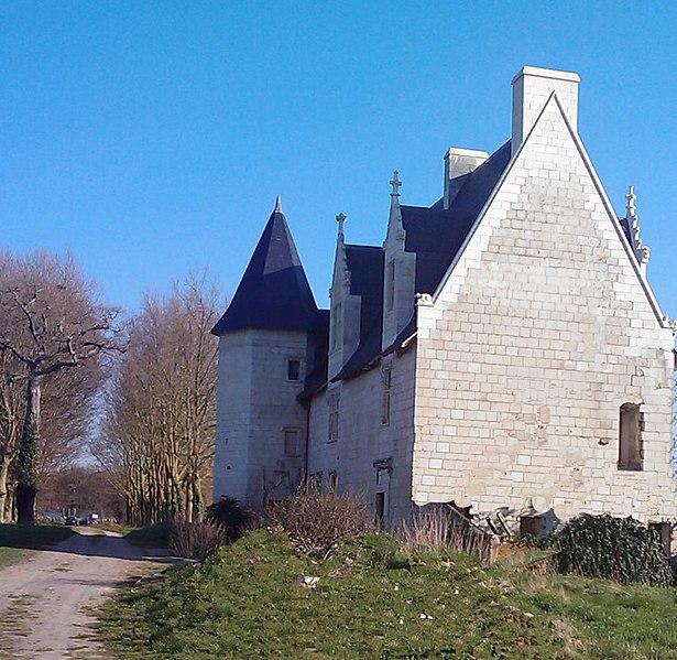 Photo du Monument Historique Manoir de Champdoiseau situé à Les Trois-Moutiers