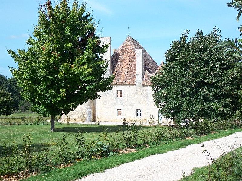 Photo du Monument Historique Château de la Brosse situé à Vicq-sur-Gartempe