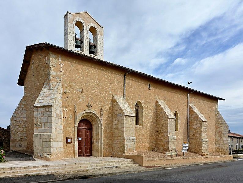 Photo du Monument Historique Eglise Saint-Pierre situé à Chapelle-Bâton (La)