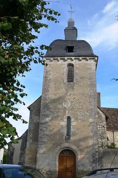 Photo du Monument Historique Eglise et presbytère situé à Nalliers