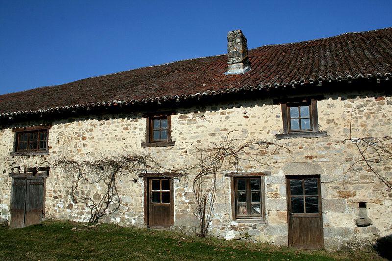 Photo du Monument Historique Grange de Coudier situé à Ambazac