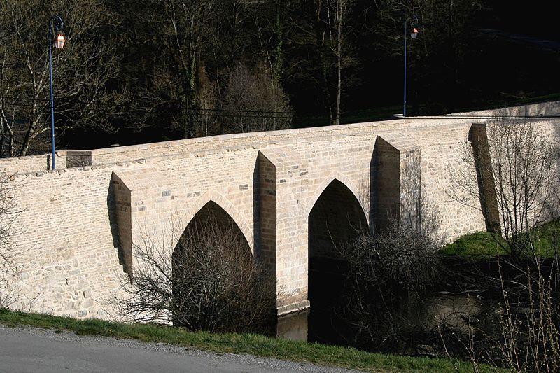 Photo du Monument Historique Pont, dit Pont romain situé à Châteauponsac