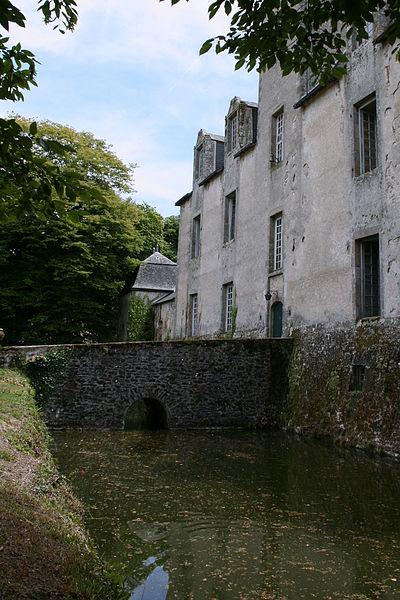 Photo du Monument Historique Château situé à Fromental