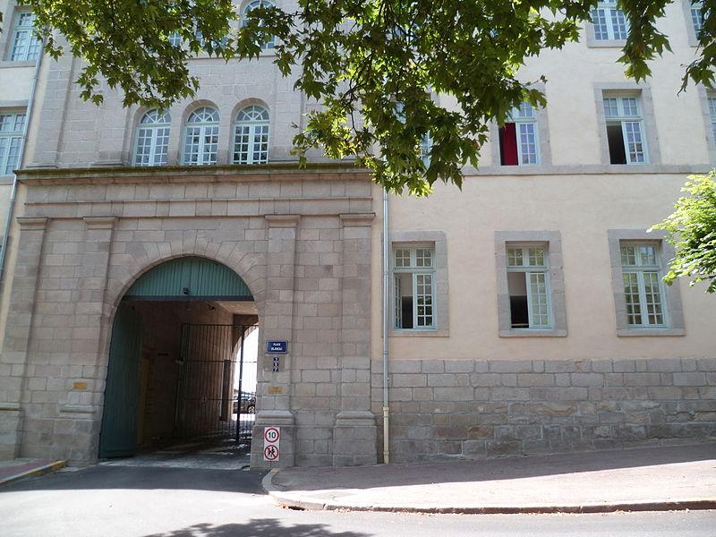 Photo du Monument Historique Ancien séminaire des Ordinands et Grand Quartier de Cavalerie, ensemble aussi appelé cité administrative Blanqui situé à Limoges