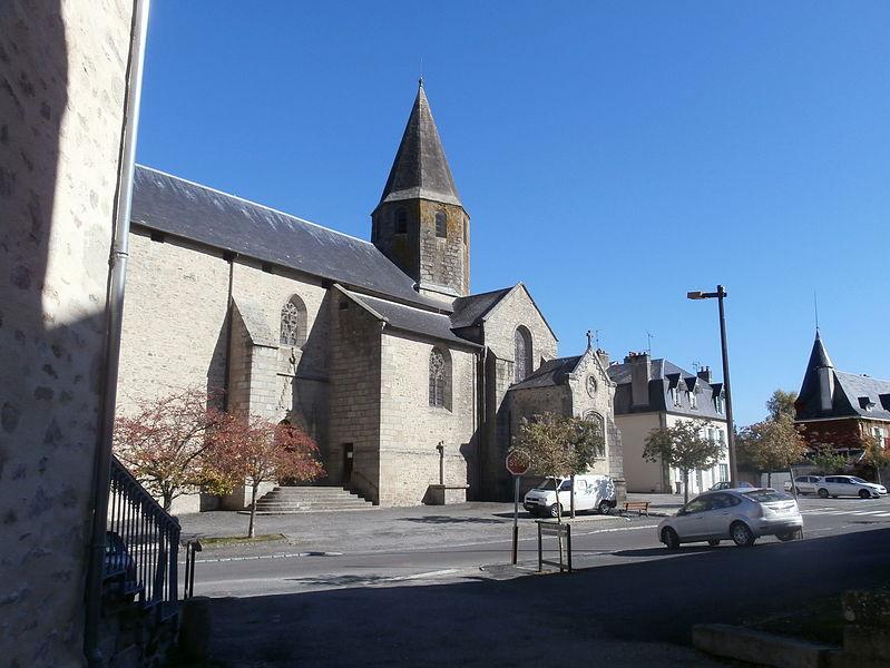 Photo du Monument Historique Eglise de la Décollation de Saint-Jean-Baptiste situé à Nexon