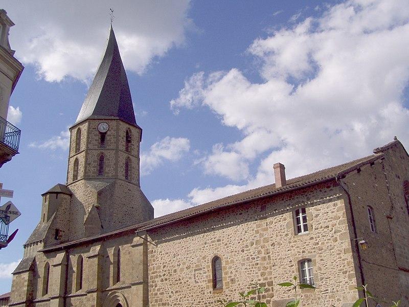 Photo du Monument Historique Eglise Saint-Julien situé à Rochechouart