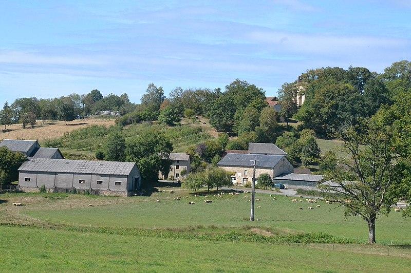 Photo du Monument Historique Eglise Sainte-Anne situé à Sainte-Anne-Saint-Priest
