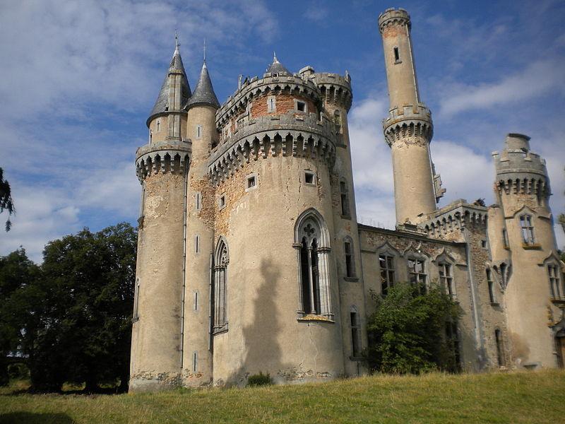 Photo du Monument Historique Château de Bagnac situé à Saint-Bonnet-de-Bellac