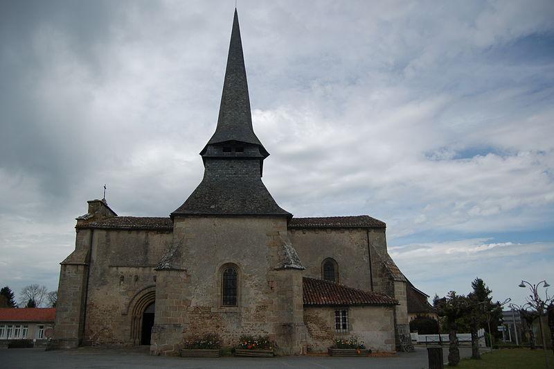 Photo du Monument Historique Eglise Saint-Gentien situé à Saint-Gence