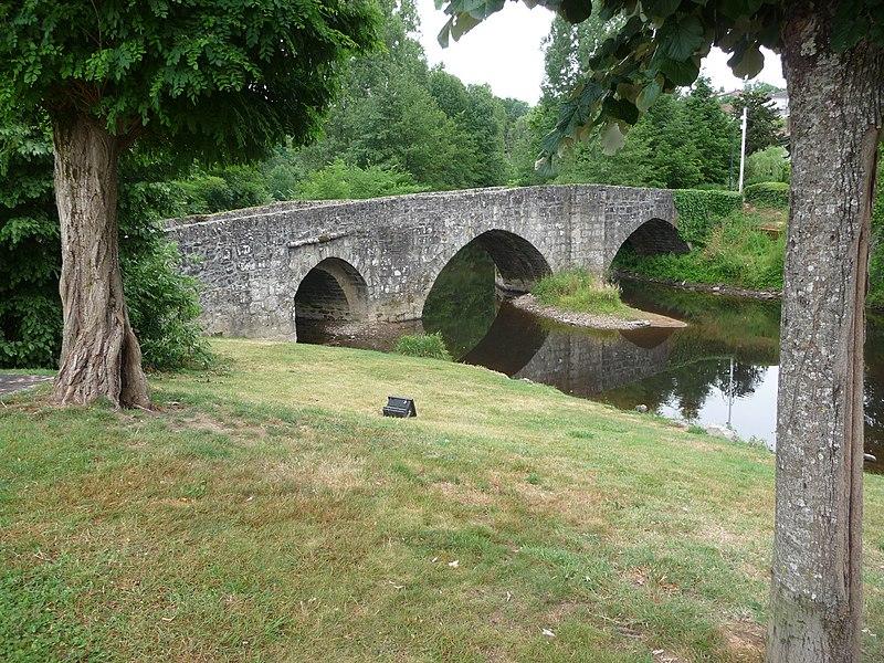 Photo du Monument Historique Pont Saint-Elisabeth sur la Glane situé à Saint-Junien
